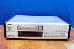CD SONY X555ES